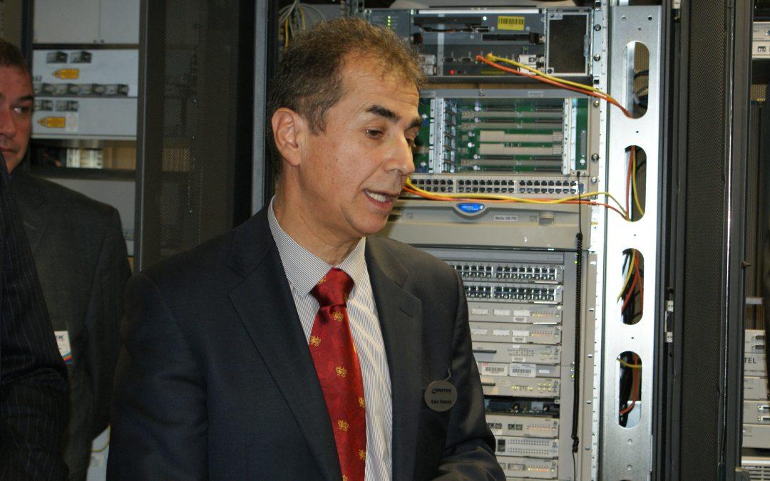 Ο διευθύνων σύμβουλος της Comtek, Askar Sheibani, εμφανίζεται στους κορυφαίους 100 επιδότες του Connected Britain του 2021